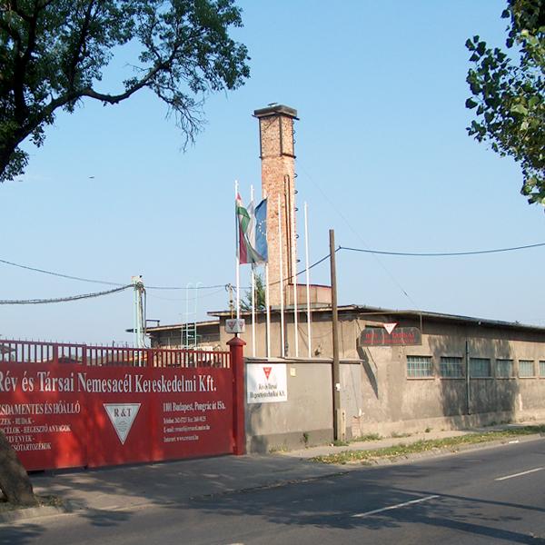2005 - Rév és Társai Nemesacél Kereskedelmi Kft., Ungern